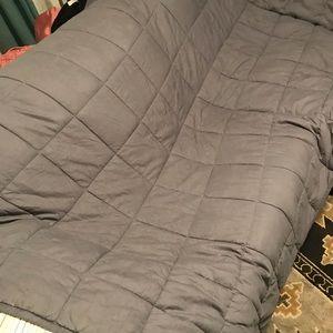 15 pound Weighted dark grey 100% cotton blanket